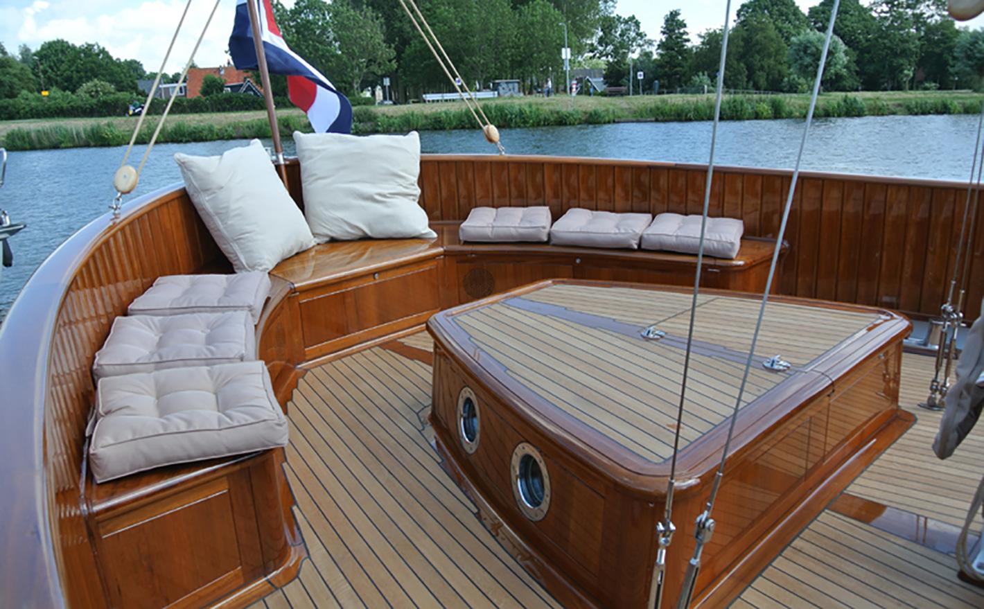 "1974 Custom Lunstroo 56 ""Estromon"" 17m aft deck"