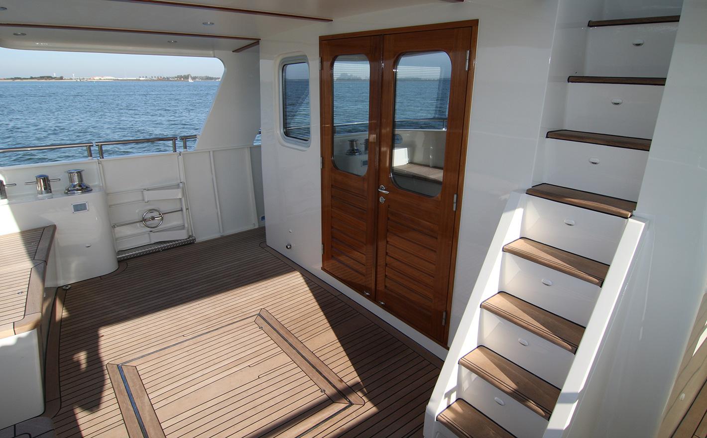 2011 Privateer Trawler 60